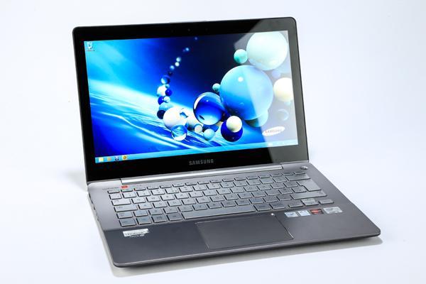 لپ تاپ استوک Samsung NP740U