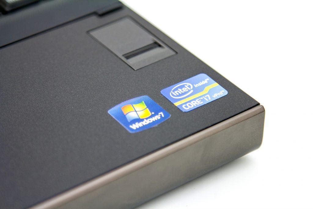 لپ تاپ DELL 4700M
