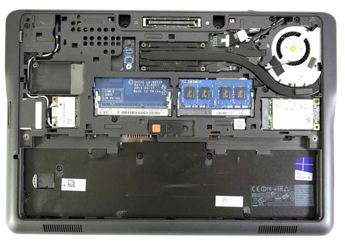 طراحی قسمت زیرین لپ تاپ Dell 7250 i5