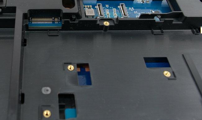 Fujitsu Celsius H980 ورودی سیم کارت